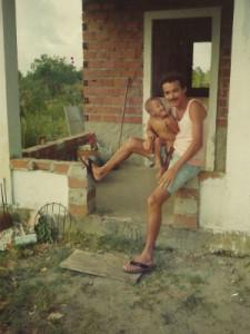 Geraldo e Átila se conheceram quando o menino tinha 2 anos. Arquivo pessoal.