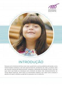 Capa do caderno de Introdução das Cartilhas de Saúde. Na capa, uma garota com síndrome de Down aparece sorrindo. Sua imagem mostra apenas a cabeça. Sob a foto, está escrito Introdução e logo embaixo a descrição da série de Cartilhas sobre Saúde.