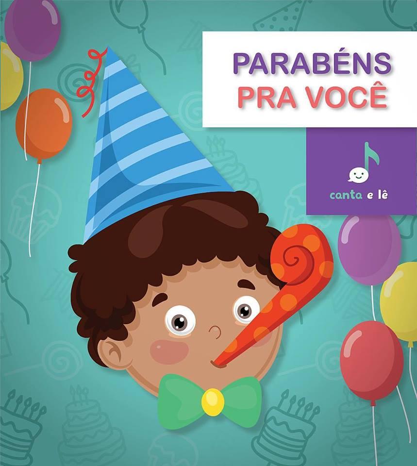 Menino com língua de sogra na boca, chapéu de festas e gravata borboleta. O fundo tem estampa de elementos ligados à aniversário: balão, bolo, cupcake, etc.