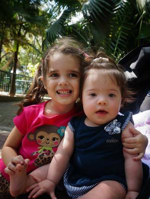 As irmãs Marina e Lorena. Forto: Arquivo Pessoal